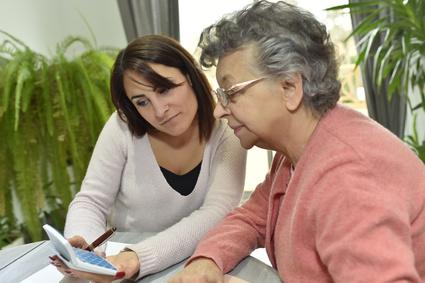 Aide A Domicile Pour Personnes Agees Et Handicapees
